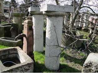 Historische Säule aus Granit, 12 Stück.,1800 Jahr, Steinsäule