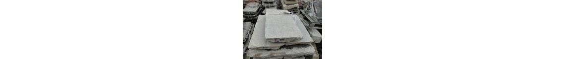 Historische Granitplatten